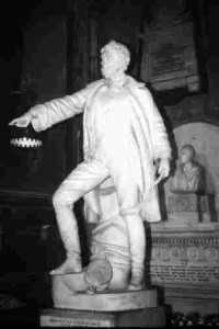 Statue of Boyd, by Farrell, in St Patrick's Cathedral